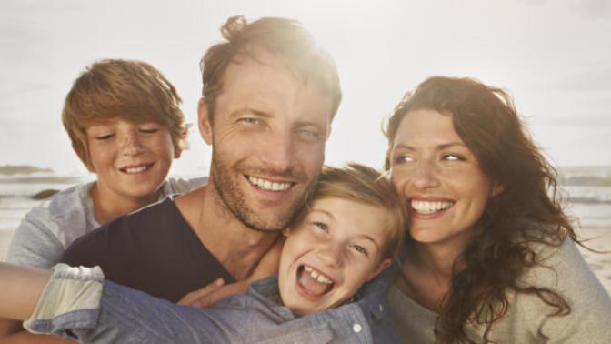 Kalabalıklar İçinde Yalnız Kaldığınız Bu Dünyada Huzur Bulmak İçin Ailenize Yönelin!