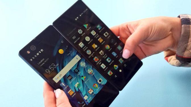 Katlanabilir Akıllı Telefon ZTE Axon M Satışa Çıktı!