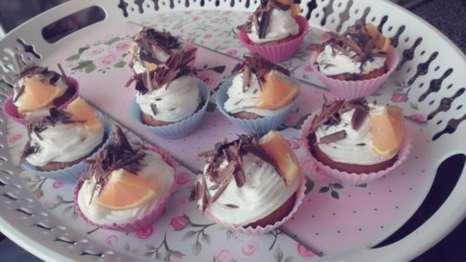 Portakallı Damla Çikolatalı Muffin!