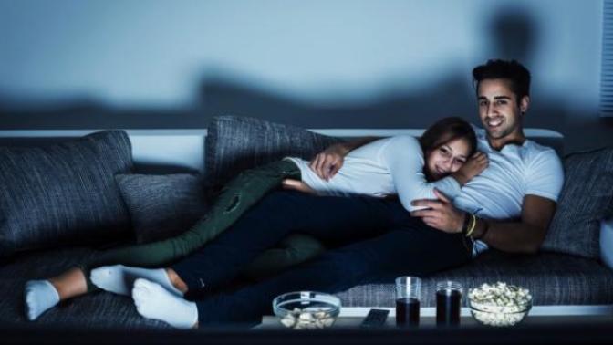 Soğuk Kış Günlerinde Çiftler Evde Ne Tür Aktiviteler Yapabilir?