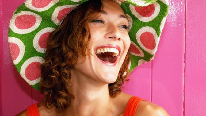 Dişleriniz Beyaz Olmasa Bile Beyaz Gösterebilmek İçin Neler Uygulayabilirsiniz?