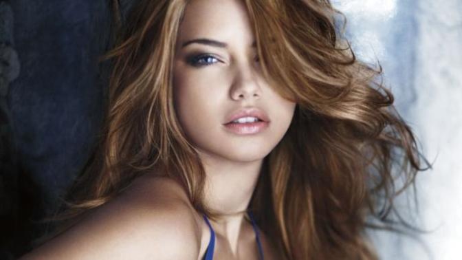 Dalgalı Saçların Çok Yakıştığı 6 Ünlü Kadın