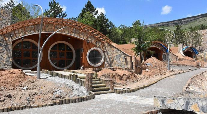 Sivas'ta Hobbit Köyü Kuruldu