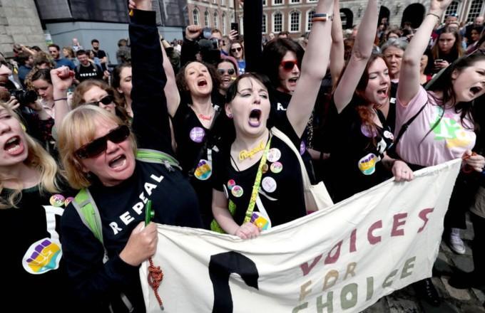 İrlanda'da Kürtaj Yasağı Referandumunda