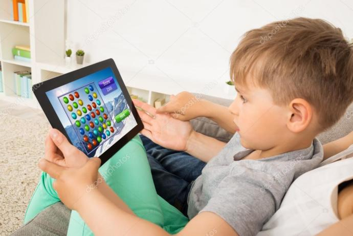 Çocuklara Uzun Süre Tablet veya Telefon Kullandırtmak Nelere Yol Açar?