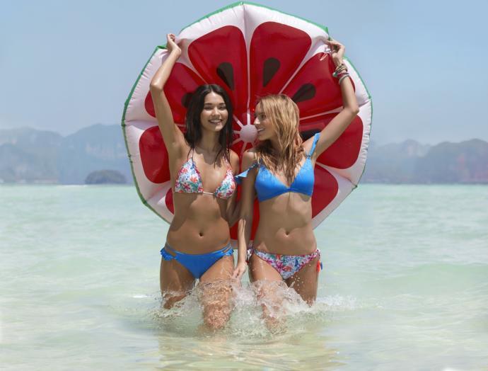 Bu Yazın Hikayesini Tarzıyla Yazmaya Kararlı Kızlar İçin 8 Bikini ve Mayo Modeli