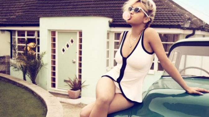 Dikkat Mayo Ve Bikini Sezonu Açıldı! Mayo Ve Bikini İle En İyi Görünen 7 Ünlü Kadın
