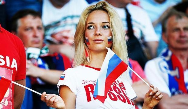 Rus Bakan Kadınları Uyardı: Dünya Kupası İçin Gelen Erkeklerle Yatmayın