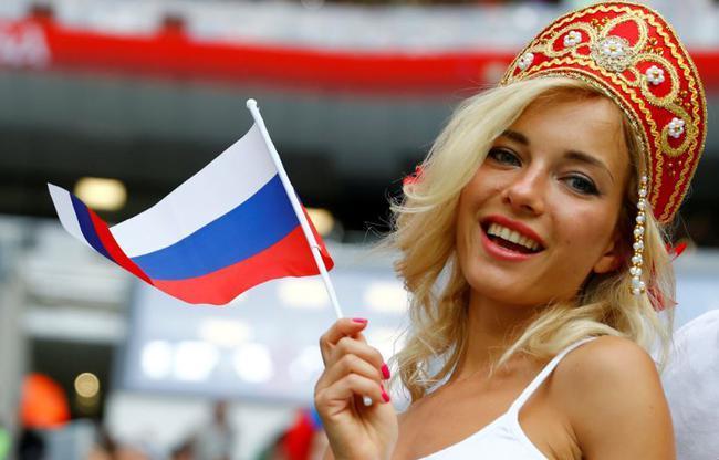 Rusya Evimiz Dünya Kupası Babamız Dedirten Birbirinden Güzel Taraftarlar
