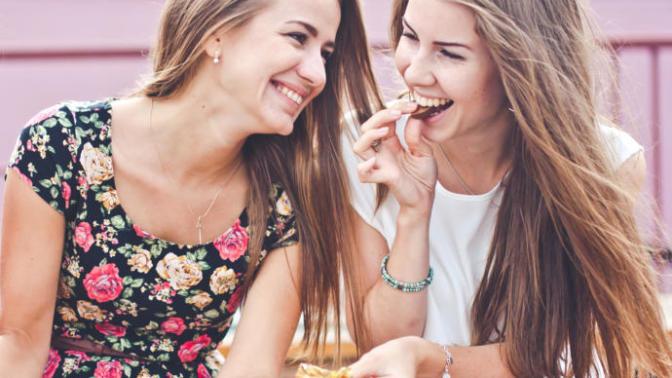 Kimyasallardan Uzak Durmak İsteyenlerin Uygulayabileceği, Doğal Yollarla Diş Bakımı!
