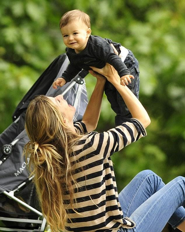 Anne Olursam, Oğlum Olursa Nasıl Mı Yetiştireceğim? İşte Böyle!