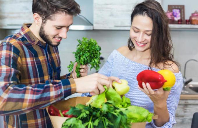 Sağlıklı Bir Yaz Mevsimi Geçirmek İçin Dikkat Etmemiz Gereken Beslenme Kanunları