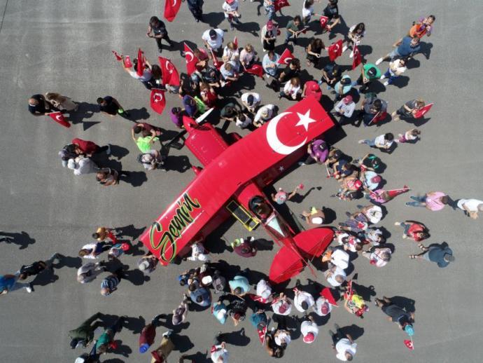 Türkiye'nin Tek Kadın Akrobasi Pilotu Hayalini Gerçekleştiriyor