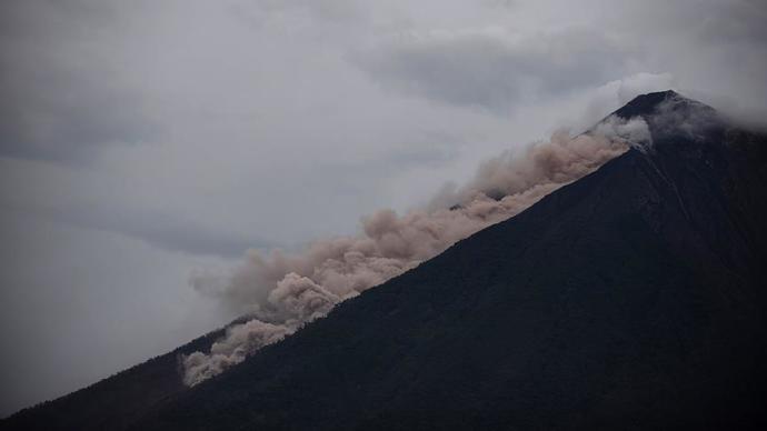 Guatemala'daki Fuego Yanardağı'nda Meydana Gelen Patlamada 332 Kişi Kayıp