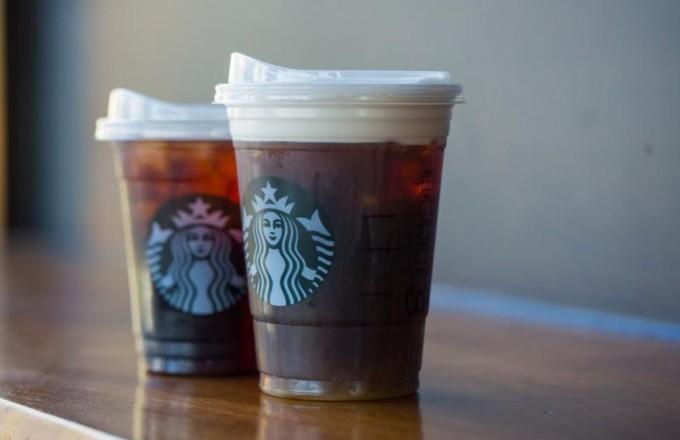 Dünyaca Ünlü Kahve Zinciri Tek Kullanımlık Plastik Pipetleri Yasaklıyor