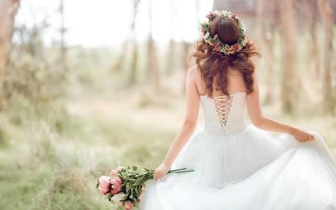 En Güzel Günümde Masallardaki Prensesler Gibi Olmayı Hayal Ettiğim Gelinliğim Ve Kombinim!
