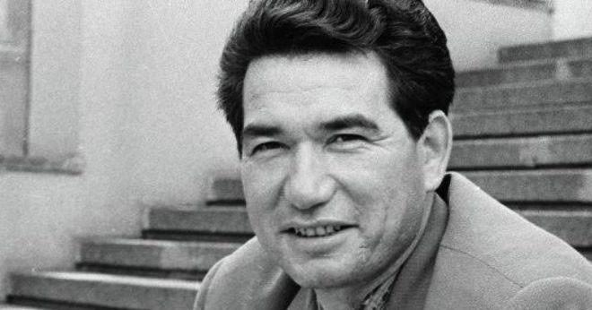 Türk Dünyasının Ölümsüz Kalemi: Cengiz Aytmatov