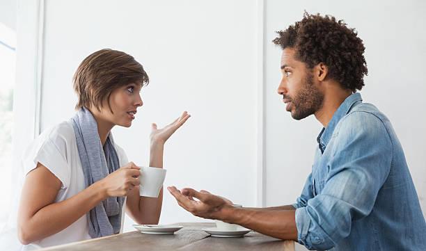 Sevgilinizin Sizinle Ciddi Düşündüğünü Nasıl Anlarsınız?