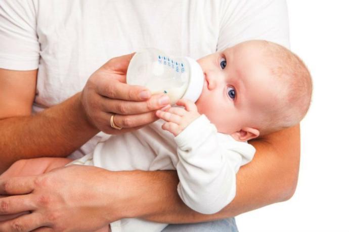 Emziren Annelerin Bebekleriyle Dışarı Çıktığında Yaşadığı Endişeler Nelerdir?