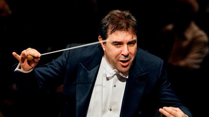 Kraliyet Orkestrası Şefine 'Cinsel Taciz' Suçlaması