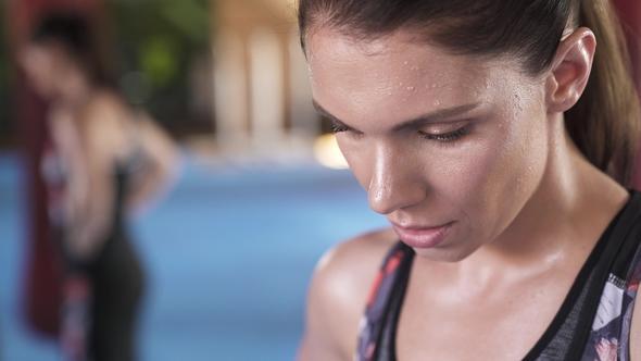 Çok Fazla Spor Yapmak Diş Çürüğüne Sebep Olabilir mi?