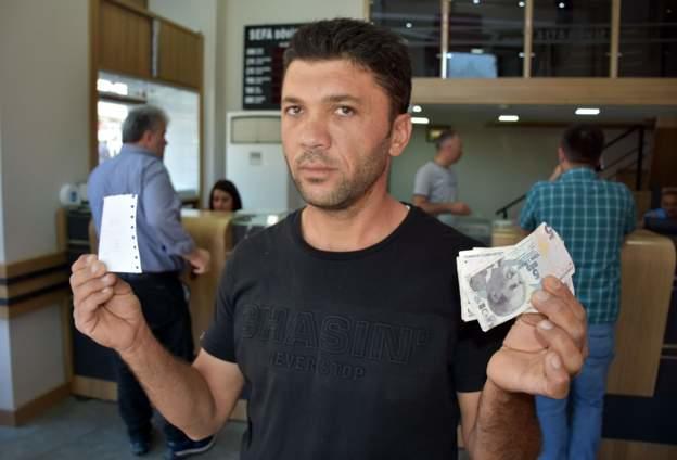 Yükselen Dolara Türkiye'den İlginç Tepkiler Geldi