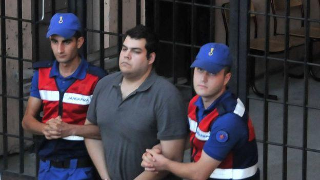 İki Yunan Askerinin Tahliyesi Yunanistan'da Memnuniyetle Karşılandı