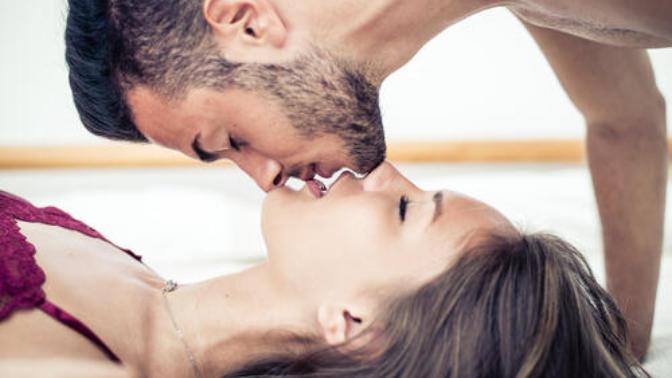 KizlarSoruyor Üyeleri İle Bir Sohbet Daha: Kadınların Evlenmeden Önce Cinsel İlişkiye Girmeleri İçin Aradıkları Kriterler Nelerdir?