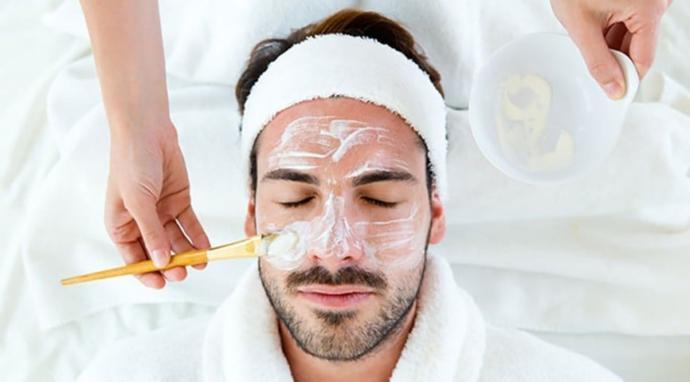 Her Erkeğin Banyosunda Bulunması Gereken Kozmetik Ürünleri Nelerdir?