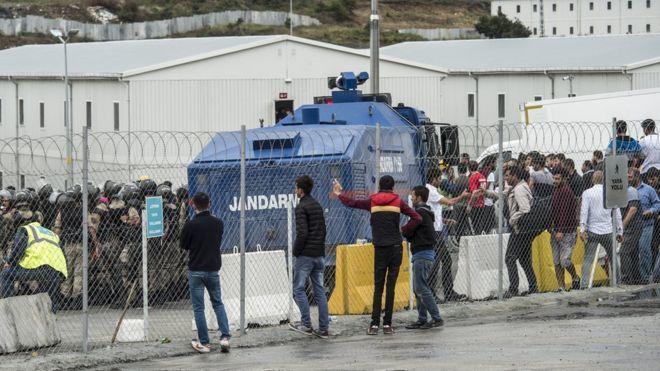 3. Havalimanı Kamp Bölgesine Sabaha Karşı Operasyon Yapıldı: Yüzlerce İşçi Gözaltında
