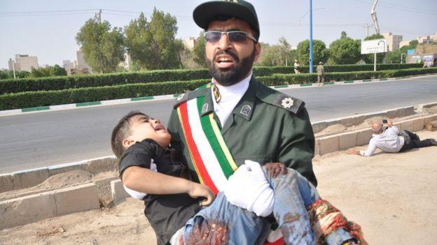 İran'da Askeri Geçit Törenine Saldırı Düzenlendi: En Az 25 Ölü