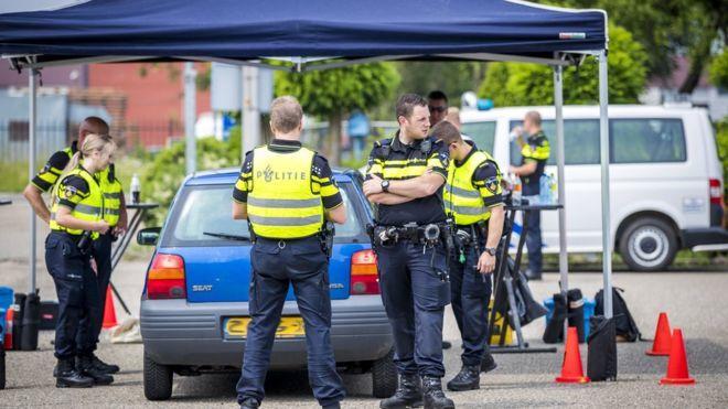 Hollanda Polisi Büyük Bir Terör Saldırısını Son Anda Önledi