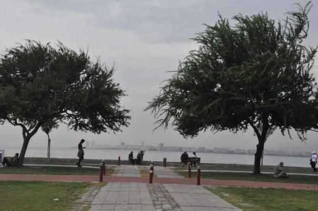 Kasırga uyarısının yapılmasıyla birlikte özellikle Ege ve Marmara bölgelerinde bir dizi önlem alındı.