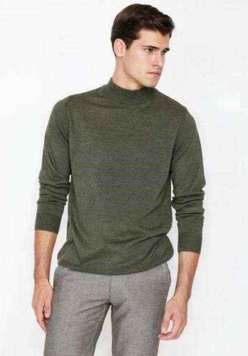 5. Yeşil kazağınız ve kahverengi montunuz ile sizin stiliniz sonbahara ilham verir.