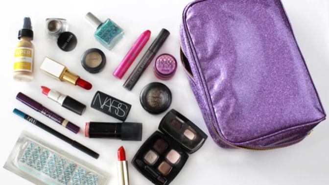 Makyaj Çantamdan Çıkarmadığım Ürünleri Paylaşıyorum!