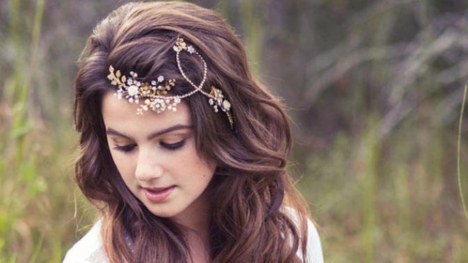 Sonbaharda Saçlarınızın Güzelliğini Zirveye Taşıyacak Birbirinden Çarpıcı Aksesuarlar