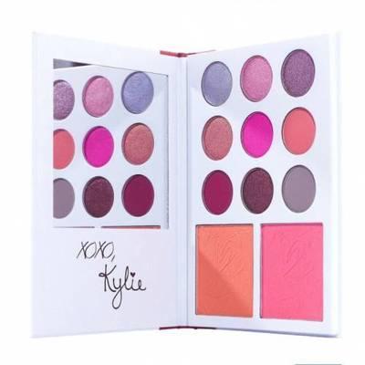 5. Kylie Diary Kyshadow Far Paleti