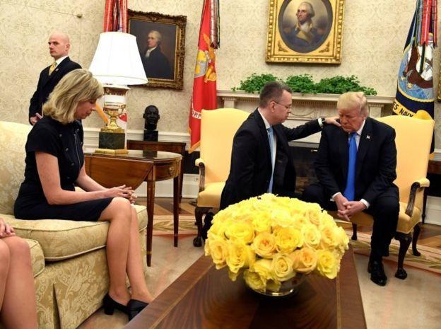 Trump, Pastör Brunson'ı Beyaz Saray'da Ağırladı