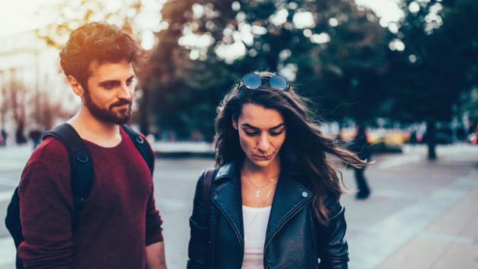 Aşk İlişkisi Konu Etiketinde Fenomen Olduğum Halde, Aşk Hayatım Neden Yerlerde?
