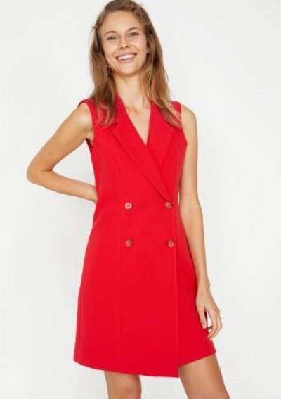 1. Düğme Detaylı Kırmızı Ceket Elbise