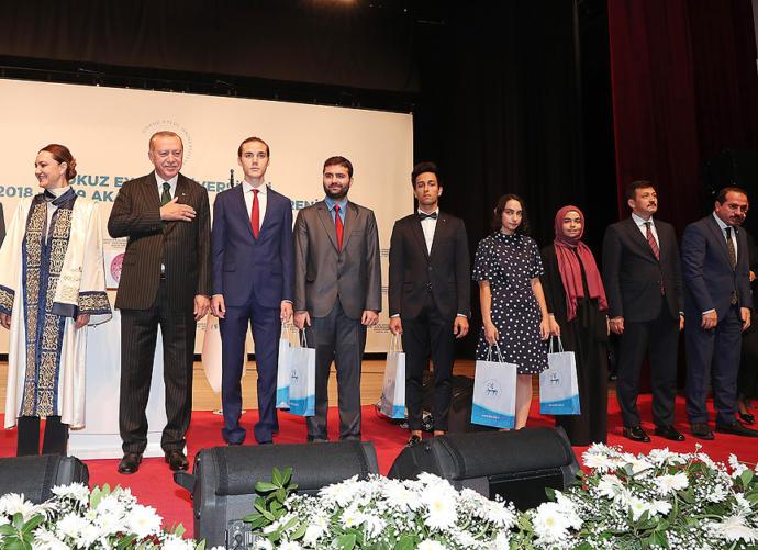 Erdoğan, İzmir'de Konuştu: Ellerini Ovuşturanlar Hüsrana Uğradı