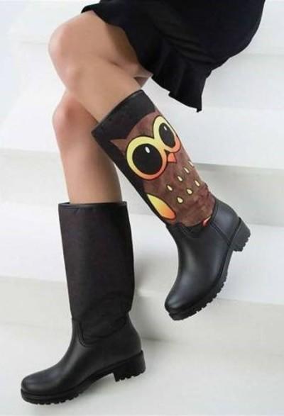 6. Pembe Potin Siyah Kadın Çizme
