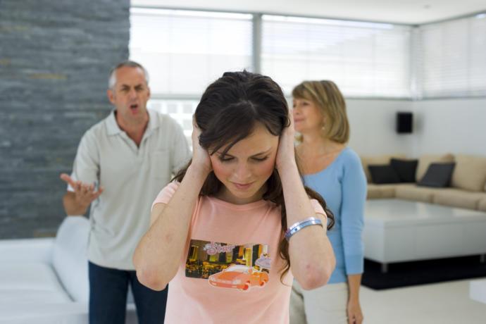 Ergenlik Çağına Girmiş Çocukların, Ruh Sağlığının Bozulmaması ve Sizden Uzaklaşmaması İçin Yapmanız Gerekenler!