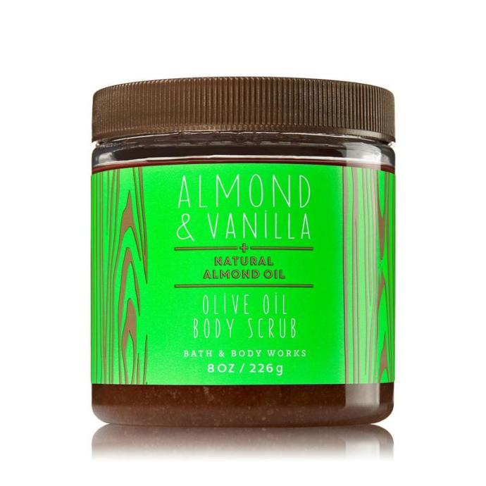 Bath&Body Works Almond Vanilla Vücut Scrub'ı