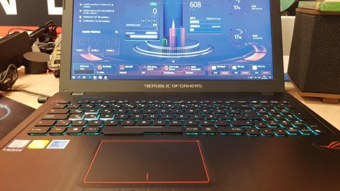 Şampiyonlar Liginden Gelen Laptop'ı İnceliyorum!