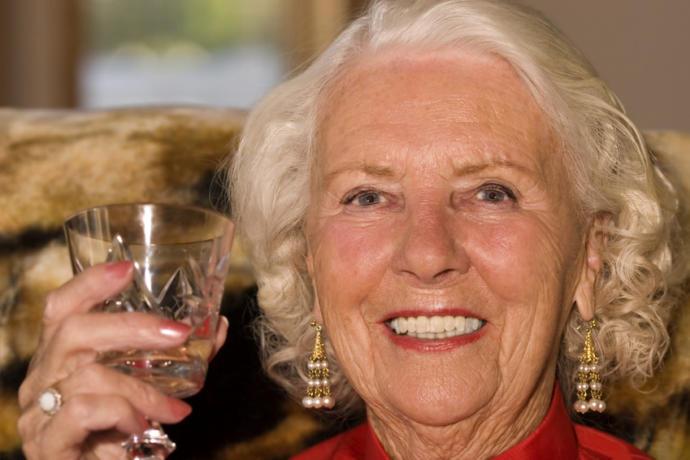 Diş sağlığı yaşlılıkta önemli.