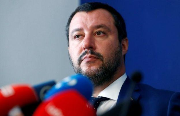 Lig Partisi lideri ve İçişleri Bakanı Matteo Salvini