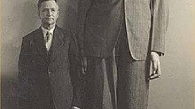 Tıp Tarihinin en uzun İnsanı Robert Wadlow hakkında bilgilenmek istemez misiniz?