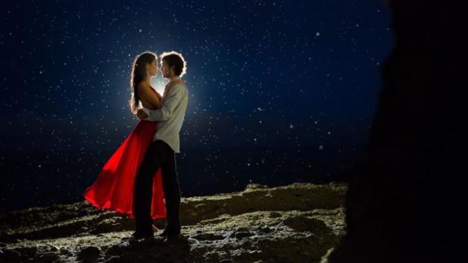 """Sıradan Bir Geceyi Romantizmin Doruklarına Taşıyacak Birbirinden Güzel """"Romantizm Paketleri"""""""