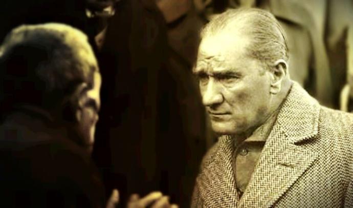 Fransa'nın Prestijli Tarih Dergisi Histoire & Civilisations, Aralık Sayısını Atatürk'e Ayırdı
